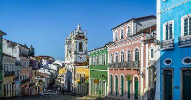 Mais uma viagem pelos cantos e encantos da capital baiana.